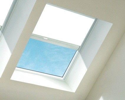 Velux FCM Skylights Manual Blinds  - DKC RFC PAD