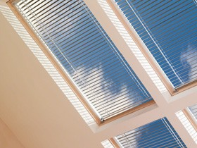 PAL M08 - Manual Venetian Blinds for GPL M08
